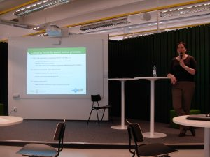Samantha Adams, Tilburg Law school