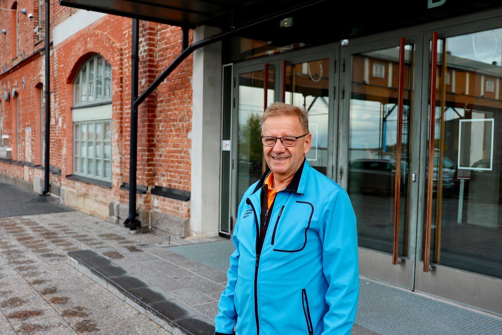 Bengt Beijar framför ÅA